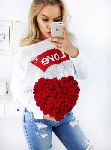 Sweterek LOVE - biały