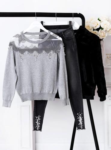 Sweterek HIDE z perełkami i koronką - szary